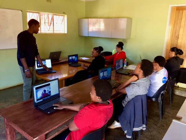 Mancoba learning to teach the IT course at Elusitweni